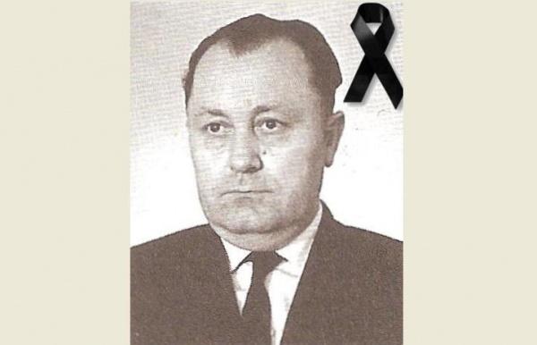 W dniu 30 maja 2013 r., w wieku 86 lat, zmarł Mieczysław Mikulski, jaślanin z urodzenia, społecznik zasłużony dla naszego miasta. - Mikulski1