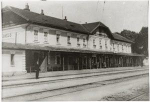 dworzec-z-20-lecia-nego